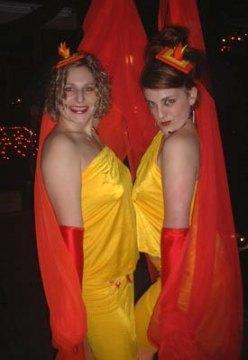 Schlep Sisters Minnie Tonka and Darlinda Just Darlinda in March 2004.