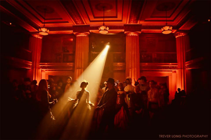Theatre Bizarre: The Procession.  ©Trever Long Photography