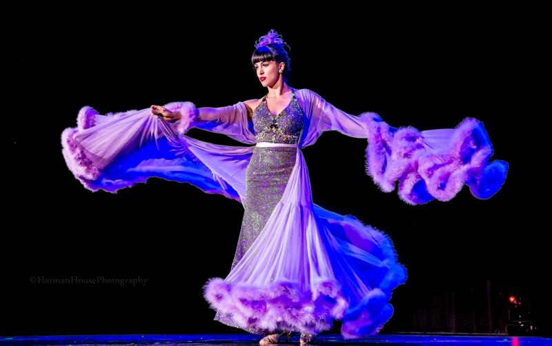 Burlesque Hall of Fame Weekend 2015 Tournament of Tease: QUEEN