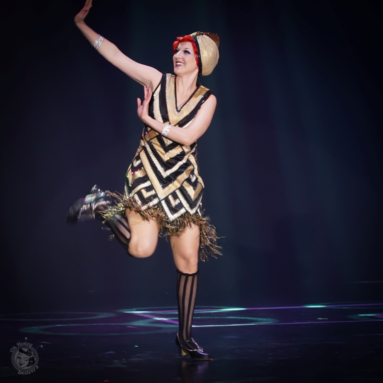Gin Minksy, awarded Most Classic at the Burlesque Hall of Fame Weekend 2017. Image by Honey Beavers, exclusively for 21st Century Burlesque Magazine