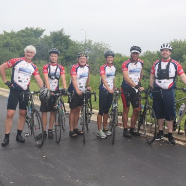 A quick photo of the last day riders from l to r; Dariusz Cupial, Patryck Wierzchucki Bob Lee, Peggy & David Hirsch, and Jorge Solorio.