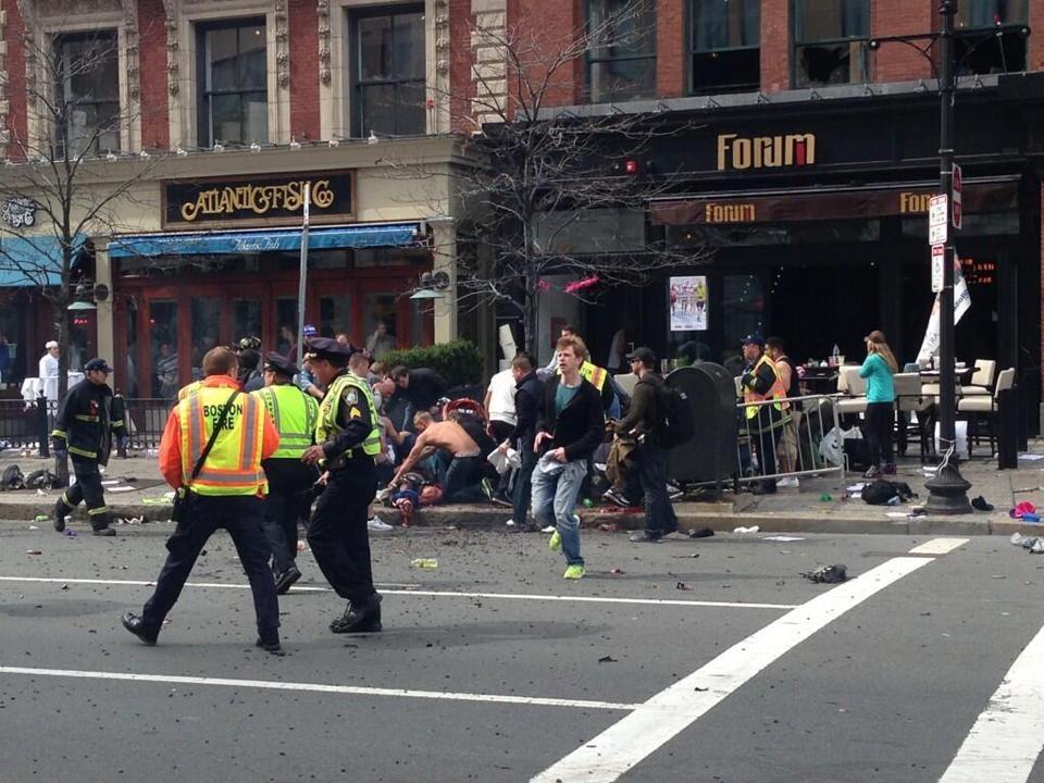 1-Boston-Finish-line-explosion-2