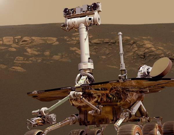 Opportunity se na povrchu rudé planety potýká s technickými problémy. Experti NASA teď řeší, jak mu nejlépe pomoci.