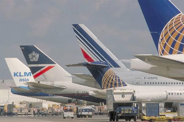 Jedno z kanadských mezinárodních letišť ve Vancouveru bude od příštího roku používat 4 výkonné radary, které zaznamenají úlomky na přistávací ploše.