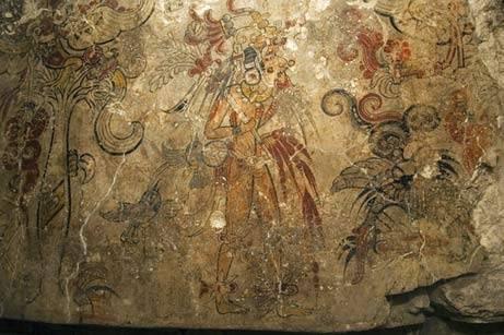 Archeologové včera odhalili nejstarší mayskou nástěnnou malbu, která znamená převrat ve všem, co bylo doposud o písemnictví, umění i způsobu vlády této starobylé kultury známo.