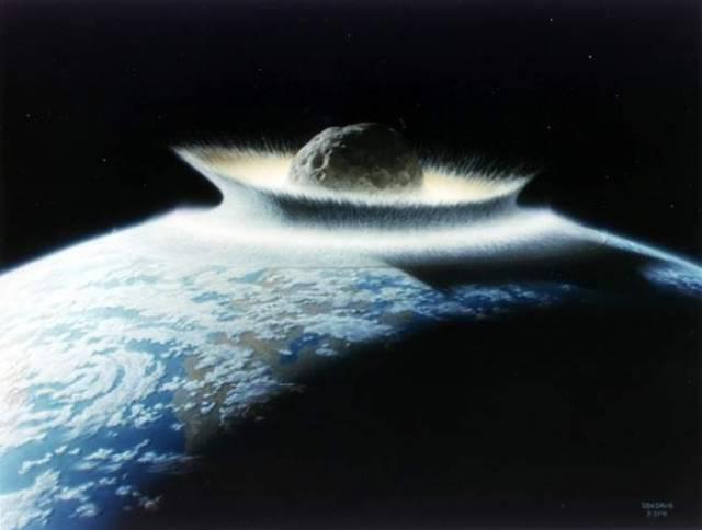 Asteroid Apophis, který hrozí srážkou se Zemí v roce 2036, má nepříjemnou konkurenci.