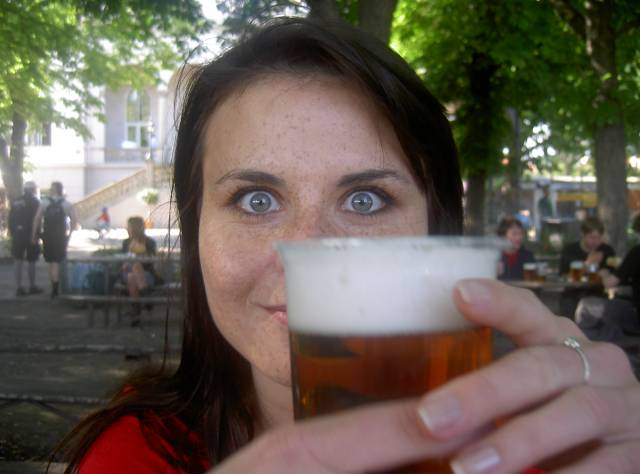 Zatímco odpůrci alkoholismu bijí na poplach, hned několik letošních vědeckých studií prokázalo, že pití piva může zdraví jen prospět.
