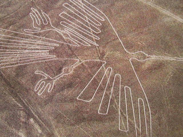Bezhlavá kostra z peruánského starověkého pohřebiště poodhaluje tajemství andských rituálů.