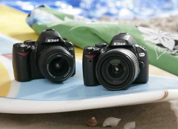 Fotografický přístroj je dnes už standardní výbavou téměř každého, kdo se vydá na dovolenou, na prázdniny nebo třeba jen na výlet. 21. STOLETÍ se zajímalo, jaké a novinky nás čekají pro letošní léto.