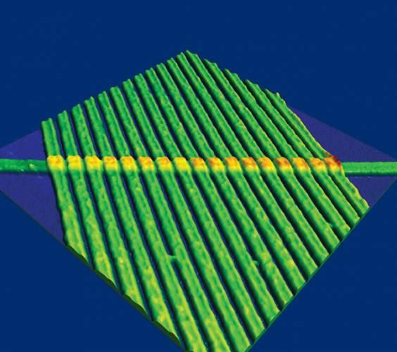 Výzkumné laboratoře Hewlett Packard v USA nedávno prokázaly existenci nového základního prvku elektronických obvodů – memristroru.
