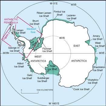 Pod ledovým příkrovem Antarktidy se toho děje víc, než jsme dříve věděli. Tajemné procesy ukryté pod ledovci však vědci začali odhalovat prostřednictvím radarových snímků z vesmírných satelitů. Pohyb obrovských ledovcových polí souvisí s prouděním vody, která je ukryta pod nimi.