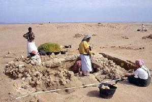 Zbytky keramických nádob a jiných předmětů denní potřeby jsou pro archeology tradičně skvělým zdrojem informací. Dokáží z nich vyčíst nejen technologickou a písemnou vyspělost dávných civilizací, ale např. i odhadnout, kudy vedly obchodní a migrační cesty našich předků.