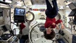 Jak si lidské tělo zvyká na kosmické prostředí?