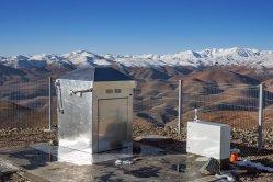 Nový lovec exoplanet spatřil první světlo