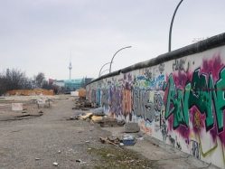 Jak překonat berlínskou zeď? Archeologové objevili tunel