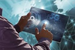 Mobilní 5G síť se stává realitou. Kdy začneme využívat 100× rychlejší internet?