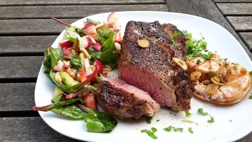 Je libo rostlinný steak? V Nizozemsku byla vytvořena dokonalá kopie masové lahůdky