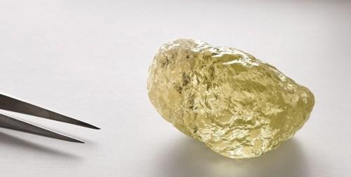 Nový rekordman – největší diamant severoamerického kontinentu byl nalezen v Kanadě