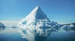 Na Antarktidě se brzy odlomí kra o velikosti tří hlavních měst ČR