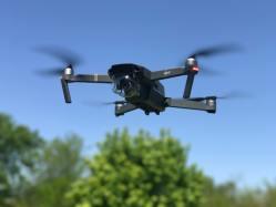Masové kuličky spadlé z nebe… Drony budou ve Finsku doručovat zákazníkům jídlo
