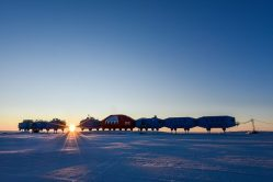 Opuštěná antarktická základna provede výzkum bez přítomnosti lidí