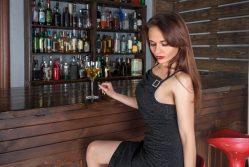 V londýnském baru frontu nepředběhnete! Speciální technologie si to ohlídá…