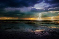 Silné bouře dokážou otřást oceánským dnem, zjistili vědci