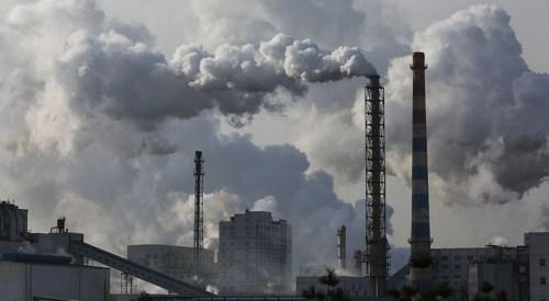 Čína zvyšuje produkci energie z uhelných elektráren