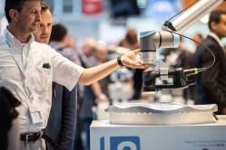Proč investovat do průmyslového robota