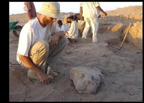 Češi našli v Súdánu vzácný oltář