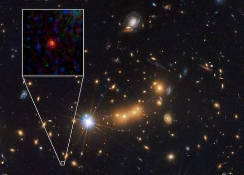 Objeven kandidát na nejvzdálenější galaxii