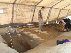 Archeologové v Modřanech odkryli sídliště z mladší doby bronzové