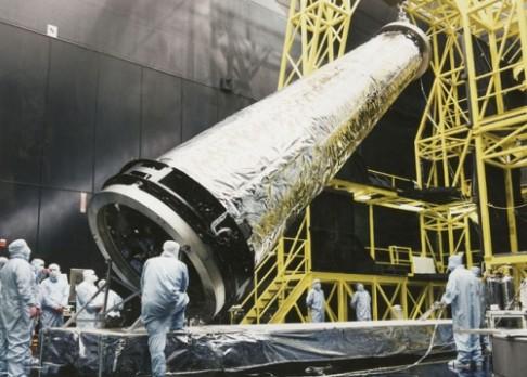 """Výročí úmrtí """"kmotra"""" radioteleskopu Chandra"""
