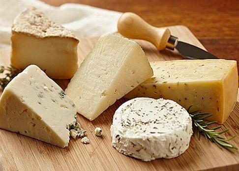 Sýr se vyrábí již 7 500 let