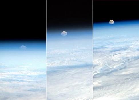 Kosmonauti jsou on-line