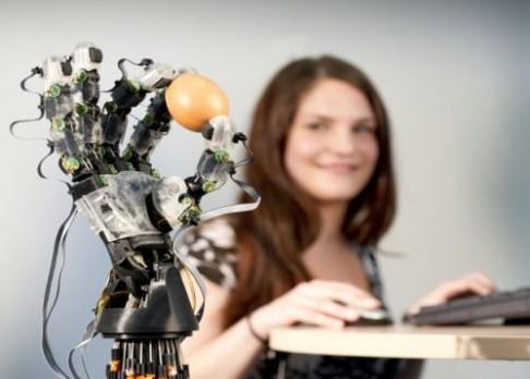 Robot, který udrží i vajíčko