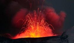 Možné riziko? Stovky zaznamenaných zemětřesení v Yellowstonu.
