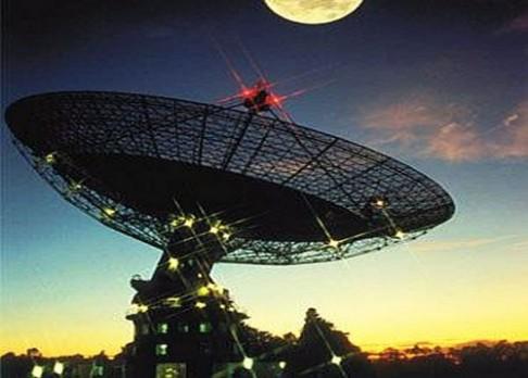Astronomové zachytili signál z vesmíru