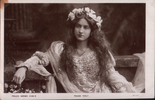 Maude Fealy Postcard Gallery