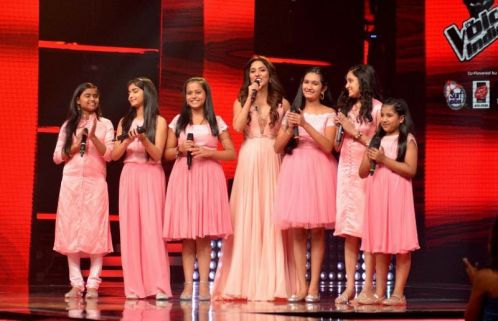 Justice Mohan in the shooting of the voice children