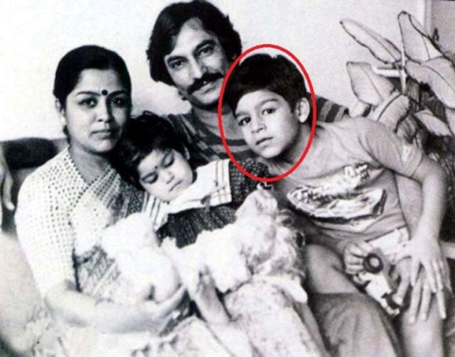 Vivek Oberoi with his father, mother and sister