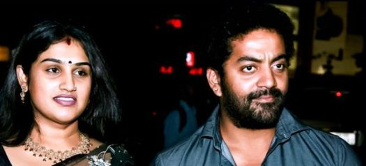 Vanitha Vijayakumar And Robert