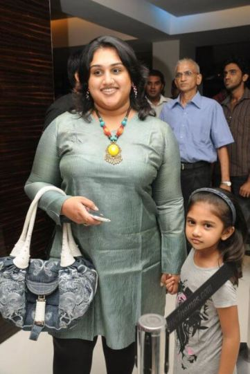 Vanitha Vijayakumar and Her Daughter Jaynitha