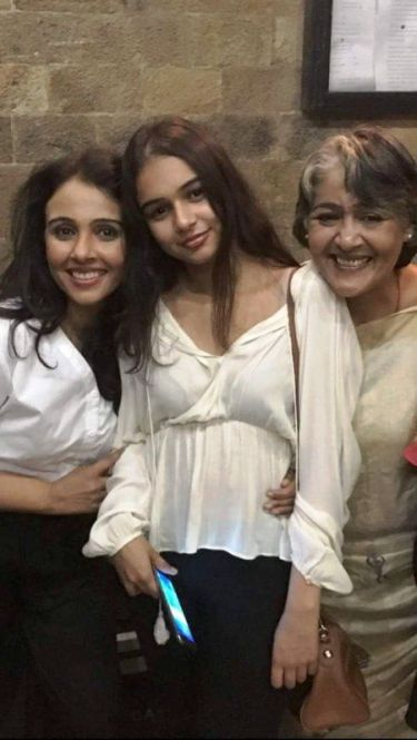 Suchitra Krishnamoorthi with Her Daughter and Sister