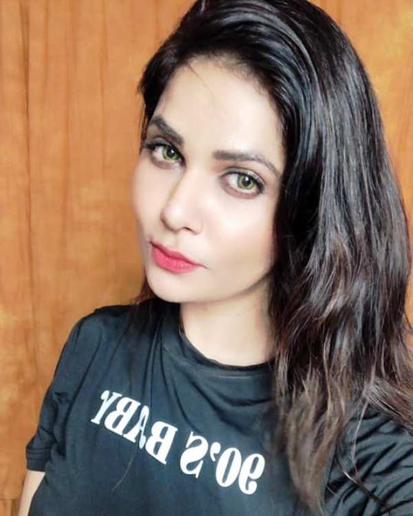 Aabha Paul (Actress) Wiki, Age, Boyfriend, Family, Biography & More –  WikiBio