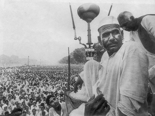 Mahendra Singh Tikait during the 1988 farmers' protest at the Boat Club lawn in New Delhi