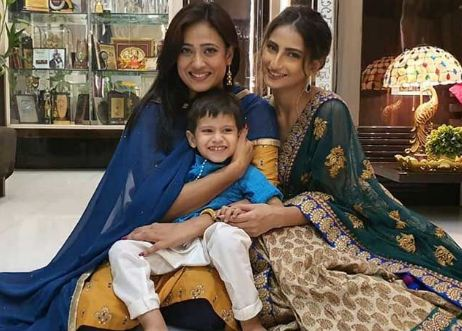 Palak Tiwari with her mother and step-brother