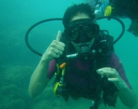 Shipra while doing scooba diving