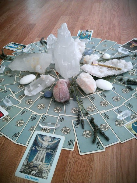 June 16th Crown Chakra Activator Crystal Grid $65