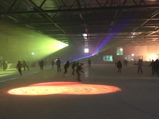 Isdisco i ørestad skøjtehal